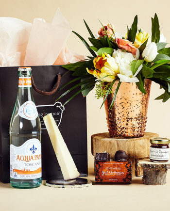 Fromagination features gift bags with Italian water
