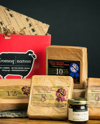 This is picture of the Hook's Aged Cheddar gift set from Fromagination.