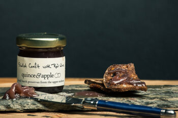 This is a picture of Shallot Confit with Red Wine, offered by Fromagination