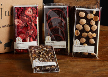 Thjis is a picture of Wildwood Chocolate Bars, offered by Fromagination.