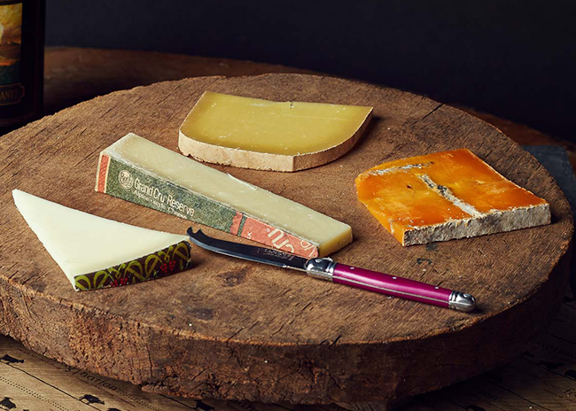 This is a picture of Fromagination's Cheese Stands Alone Gift Set, unwrapped