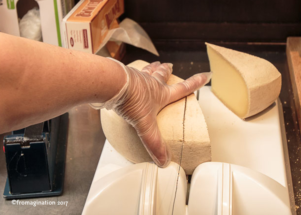Cutting Cheese at Fromagination