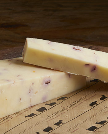 this is a picture of hennings cranberry cheddar