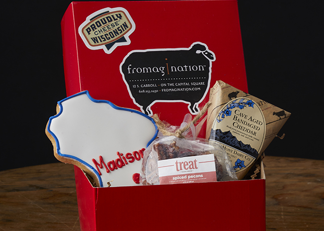 This is a picture of the Wisconsin Bandaged Cheddar Gift Set from Fromagination.