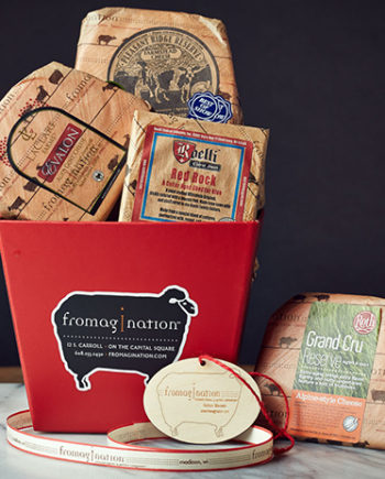 This is a picture of the Cheese Stands Alone Gift Set.