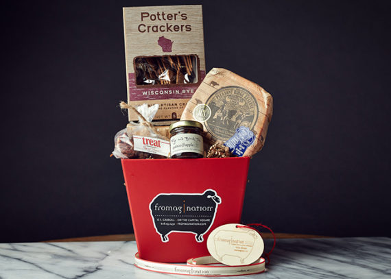 This is a picture of the wrapped Pleasant Ridge Reserve Gift Set.