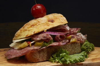 This is a picture of Fromagination's Pranzo Piccante sandwich.