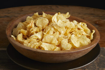 This is a picture of a bowl of potato chips from Fromagination.