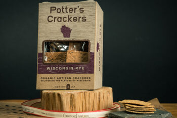 This is a picture of Potter's Wisconsin Rye Crackers offered by Fromagination