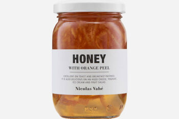 This is a picture of honey with orange peel, offered by Fromagination.
