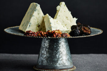 This is a picture of Hook's Original Blue cheese, featured at Fromagination.