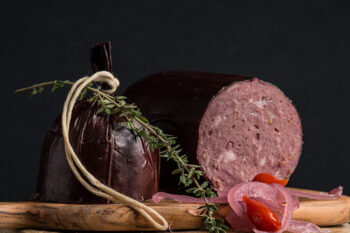 This is a picture of summer sausage, featured at Fromagination.