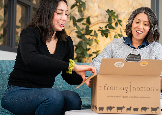 This is a picture of a Fromagination private online class.
