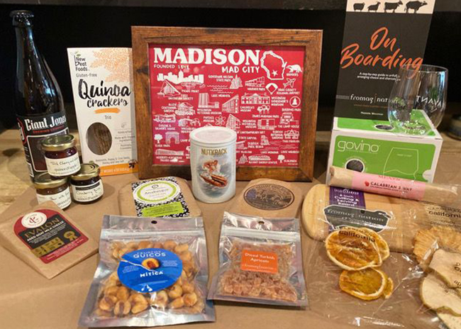 This is a picture of the prize for the Melange a Trois Cheese Board Kit from Fromagination