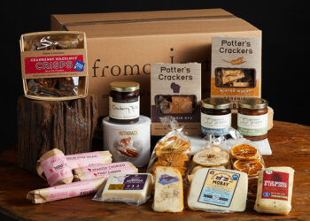 This is a picture of the Mix It Up! Gift Set, offered by Fromagination.