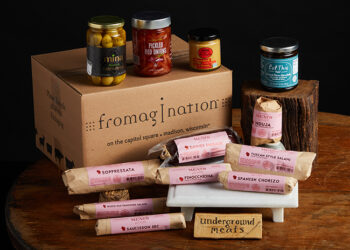 This is a picture of the Ultimate Wisconsin Cured Meat Gift Set, offered by Fromagination.
