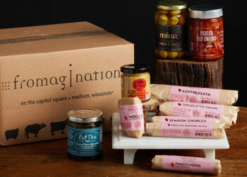 This is a picture of the Wisconsin Charcuterie Sampler Gift Set, offered by Fromagination.